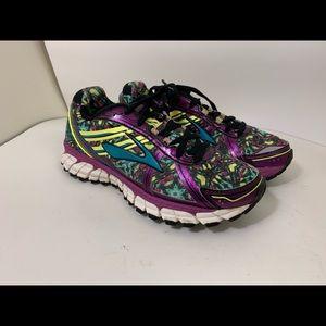 Brooks Adrenaline GTS Womens 6.5 Purple Running